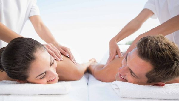1500887006-1583-ouples-massage-spa-honeymoon